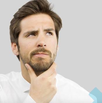 Requisitos para el DNI hombre pensando