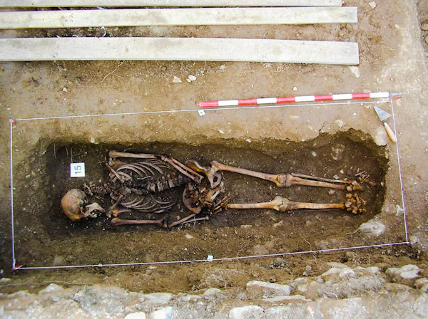 cadaver a exhumar