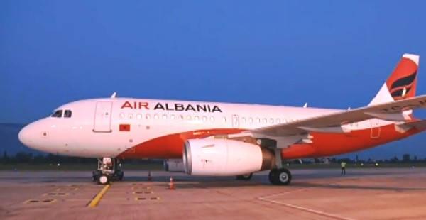 Requisitos para viajar a Albania avión albano