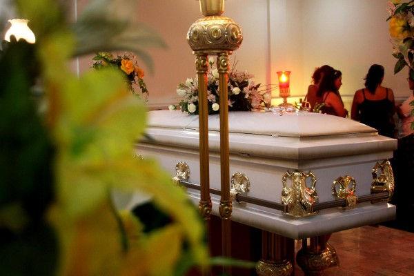 requisitos para abrir una funeraria