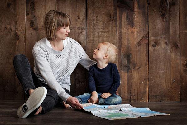 requisitos madre trabajadora